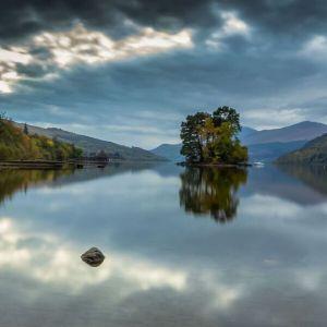 Bild Glasklare Lochs, eines der heimlichen Wahrzeichen Schottlands
