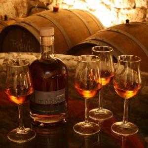 Seite 'Themenwoche Whisky - Die Brennerei Mößlein' anzeigen