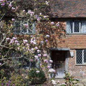 Typische britische Cottages finden Sie auf der Gartenreise in Südengland