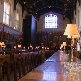 Erkennen Sie die 'Große Halle' im Christ Church College in Oxford wieder?