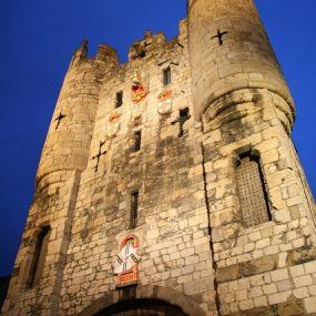 Besuchen Sie die Burg York auf Ihrer Zauberreise