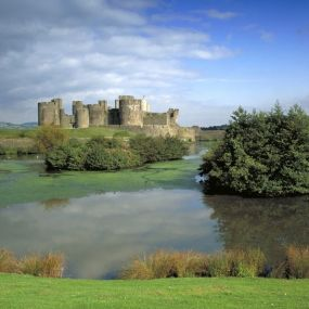 Caerphilly Castle bei Cardiff