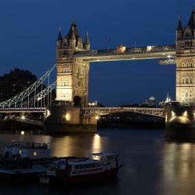 Besuchen Sie die Tower Bridge an Ihrem Ankunftstag in London