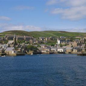 Blick auf die Küste Schottlands