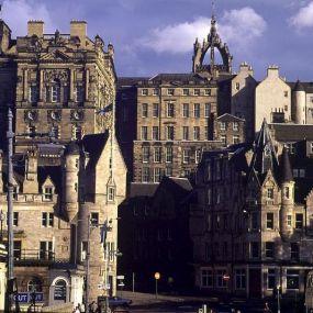 Edinburgh - Ausgangspunkt der Rundreise