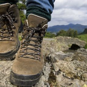 Schuhe schnüren und los gehts