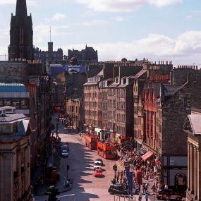 """Die """"Royal Mile"""" - die Shoppingmeile von  Edinburgh"""