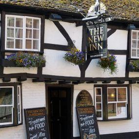 Zeit für eine Erfrischung im Pub in Salisbury - Gartenreise England