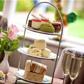 Afternoon Tea im Country House
