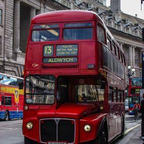 Die typisch Londoner Busse