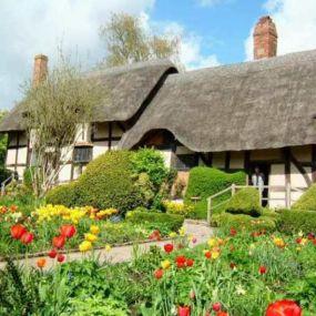 Blumenumrankte Cottages - das Spiegelbild Cornwalls