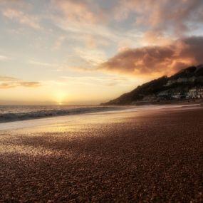 Genießen Sie den Sonnenuntergang auf dem Ventnor Beach auf die Isle of Wight!