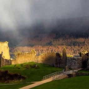 Die Ruine des Urquhart Castle.